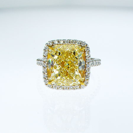 Fancy Light Yellow Diamond Ring, Cushion, 10.05 carat, VS2