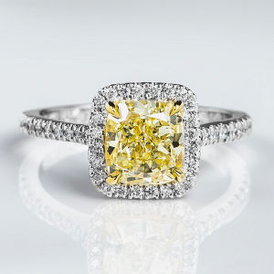 Fancy Light Yellow Diamond Ring, Cushion, 2.02 carat, VS1 - Thumbnail