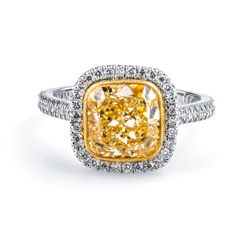 Fancy Light Yellow Diamond Ring, Cushion, 3.01 carat, SI1
