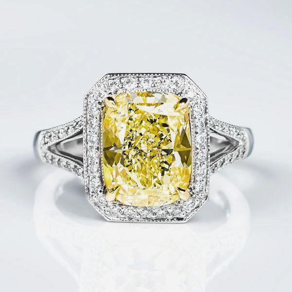 Fancy Light Yellow Diamond Ring, Cushion, 4.15 carat, VS2