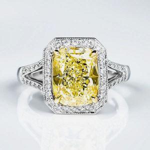 Fancy Light Yellow Diamond Ring, Cushion, 4.15 carat, VS2 - Thumbnail