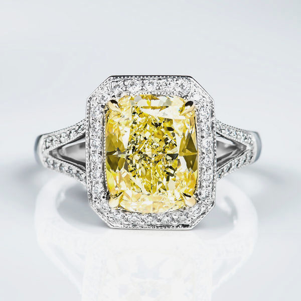 Fancy Light Yellow Diamond Ring, Cushion, 4.15 carat, VS2