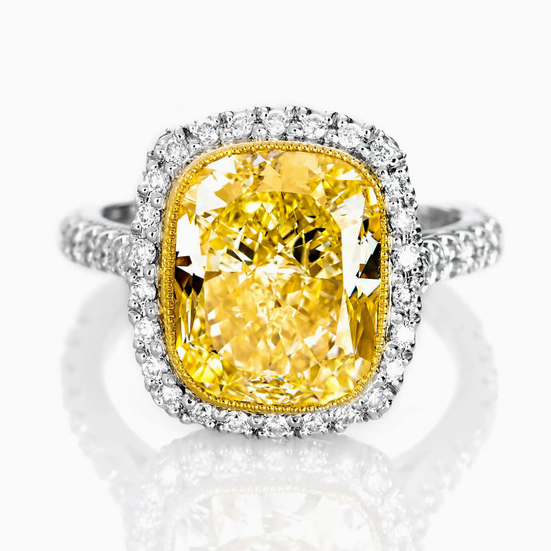 Fancy Light Yellow Diamond Ring, Cushion, 6.46 carat, SI1