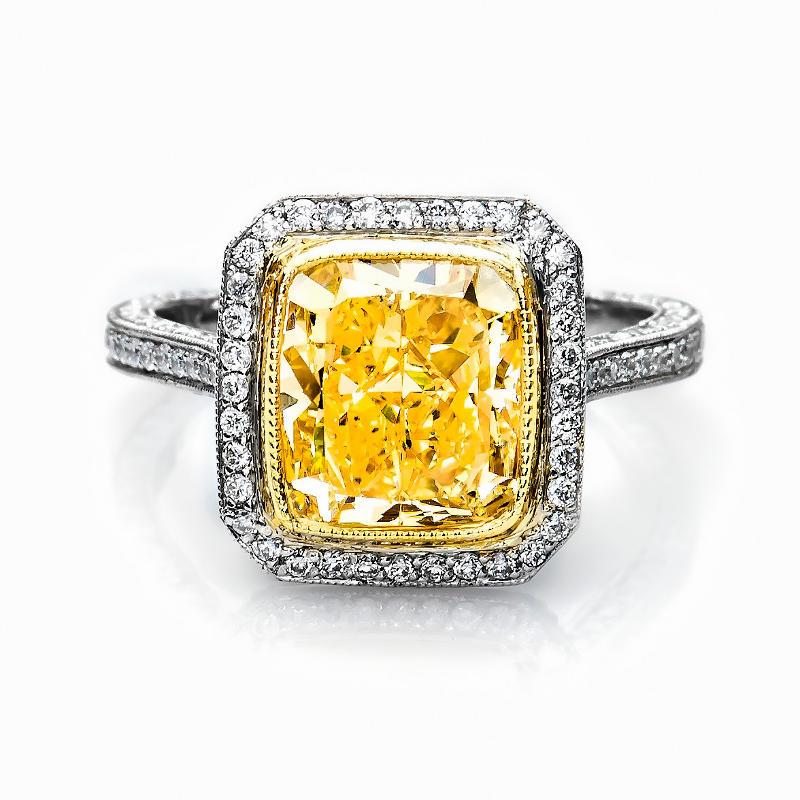 Y-Z Diamond Ring, Cushion, 4.00 carat, VS2
