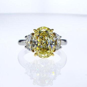 Fancy Light Yellow Diamond Ring, Oval, 5.03 carat, VS2 - Thumbnail