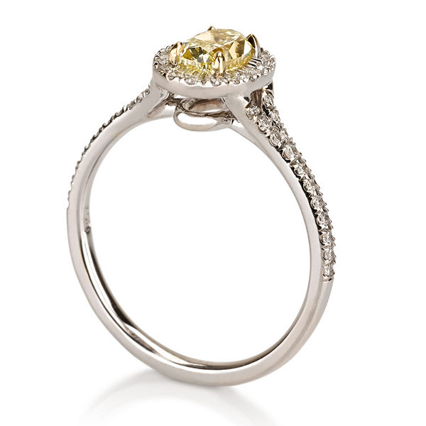 Oval Halo Fancy Yellow Diamond Engagement Ring, 0.97 t.w, VVS2 - C
