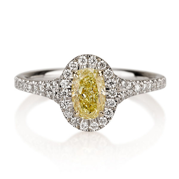 Oval Halo Fancy Yellow Diamond Engagement Ring, 0.97 t.w, VVS2