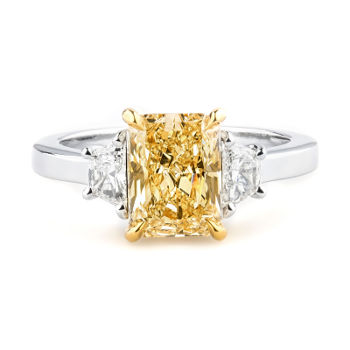 Fancy Light Yellow Diamond Ring, Radiant, 2.15 carat, SI1 - Thumbnail