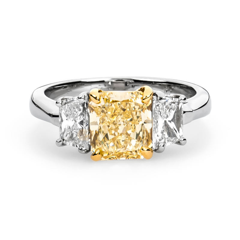 Fancy Light Yellow Diamond Ring, Radiant, 2.05 carat, SI1
