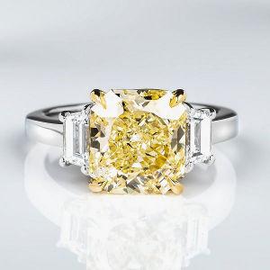 Fancy Yellow Diamond Ring, Radiant, 4.13 carat, IF - Thumbnail