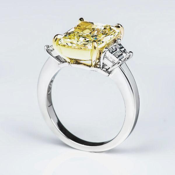 Y-Z Diamond Ring, Radiant, 5.10 carat, VS2 - B