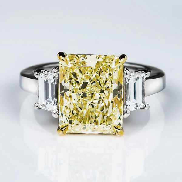Y-Z Diamond Ring, Radiant, 5.10 carat, VS2