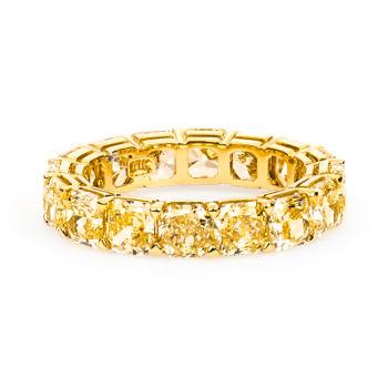 N/A Radiant Fancy Yellow Diamond, 7.21 carat