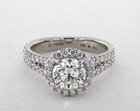 2 carat total weight halo diamond ring - center diamond is 1.2ct